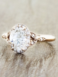 Engagement Rings with Glamorous Charm - MODwedding - Zaręczyny