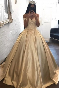 Golden Ball Gown Sweep Train Off Shoulder Appliques Long Prom Dress - Ombreprom - Dodatki damskie